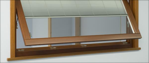 Produzione porte e finestre in legno e legno alluminio avetrana taranto - Ristrutturare porte e finestre ...